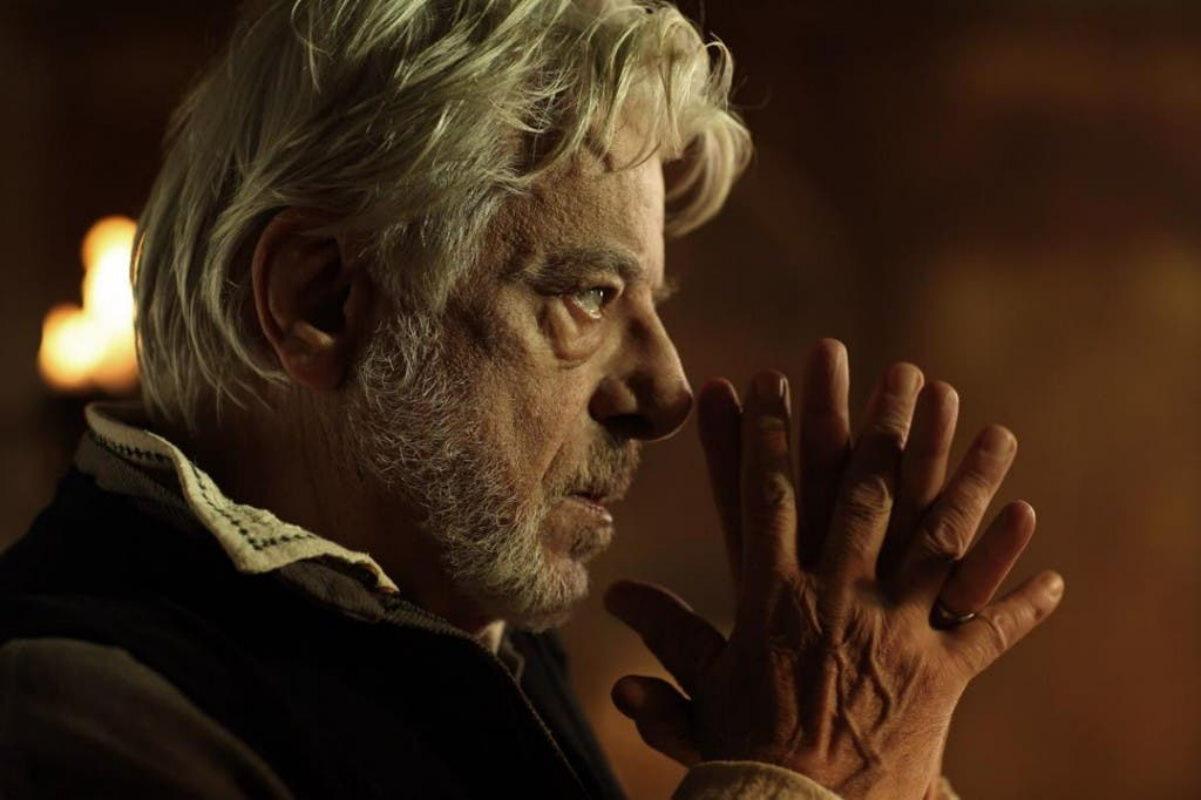 Giancarlo Giannini as Andrea del Verrocchio, Leonardo's teacher. This Italian actor is widely known