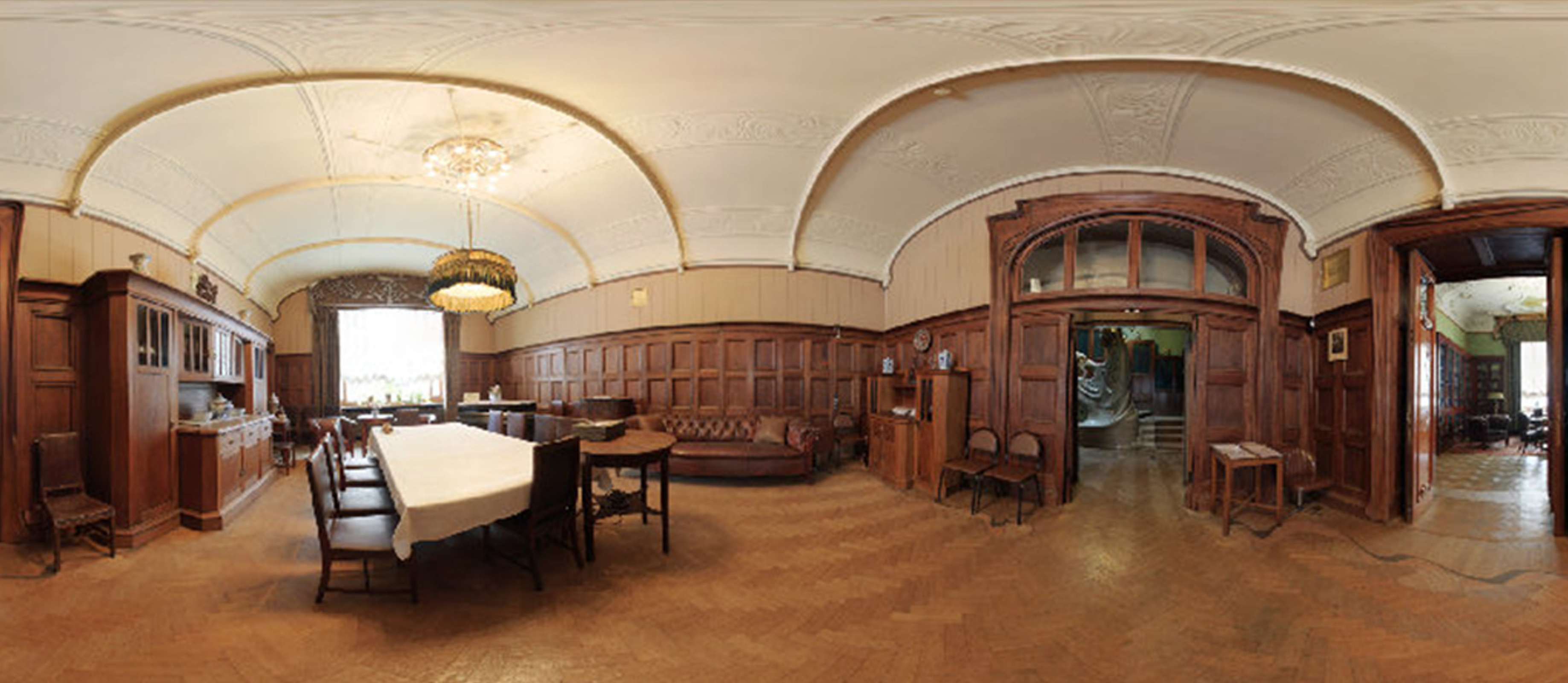 The dining and living room in the Ryabushinsky mansion: this is how it looked in the time of Maxim G
