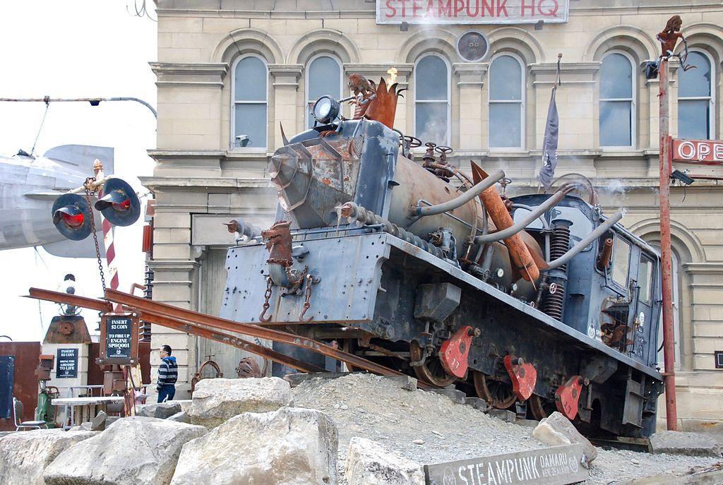 Interactive locomotive in front of the Steampunk HQ Gallery building