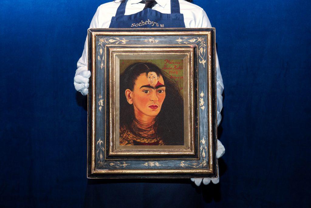 Автопортрет Фриды Кало готовится установить рекорд