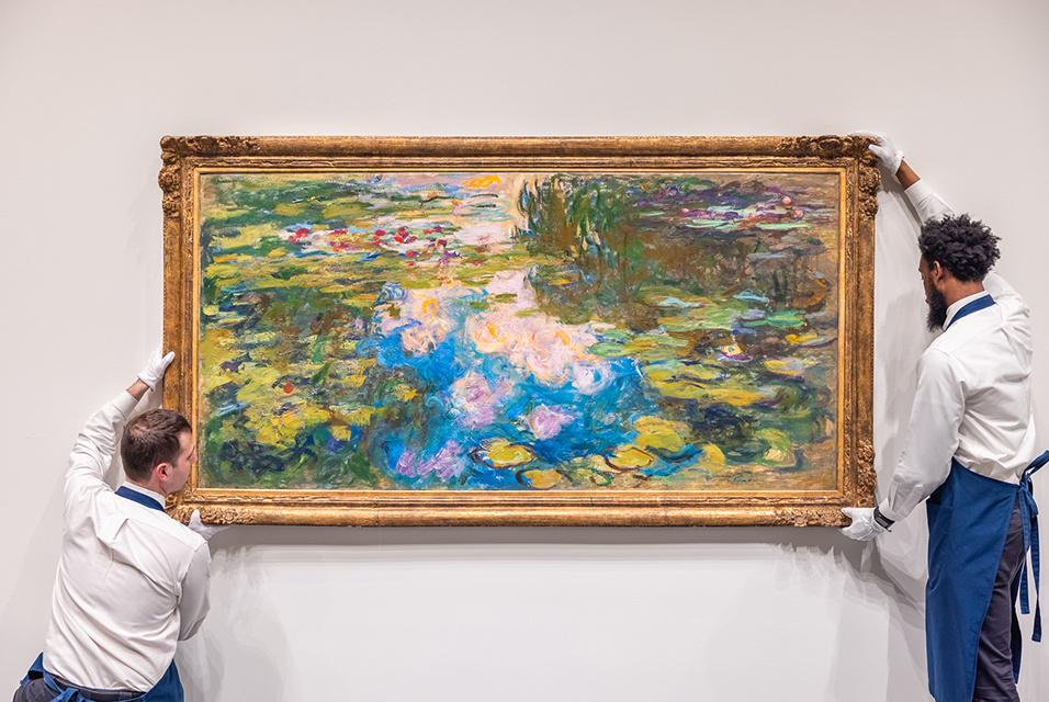 Яркая картина с лилиями  Моне выставлена на аукцион
