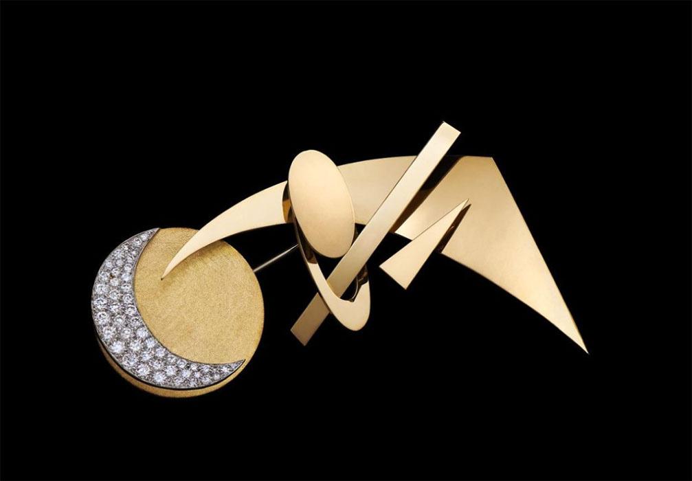 Брошь Lune.Надя Леже.Золото, белое золото, бриллианты. 1970. Музеи Московского Кремля