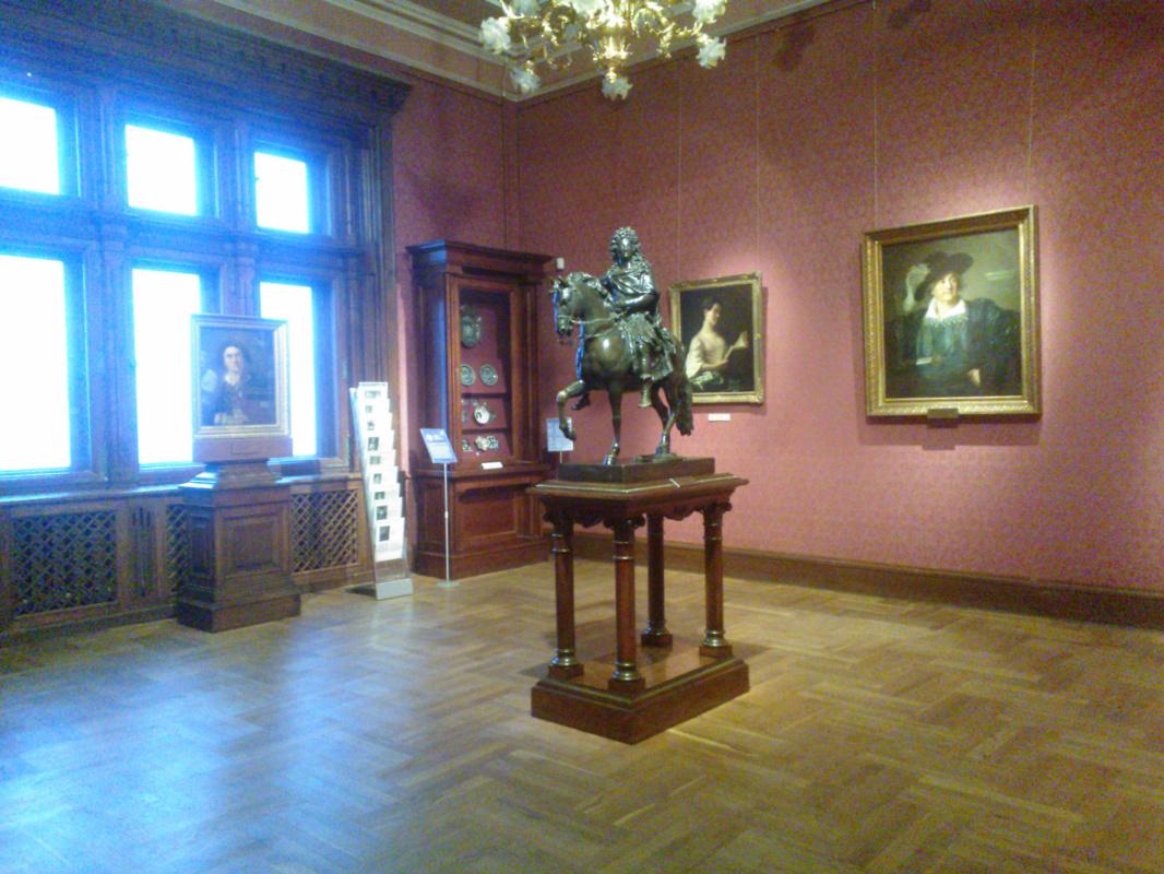 Интервью с хранителем киевского музея Западного и восточного искусства Еленой Живковой