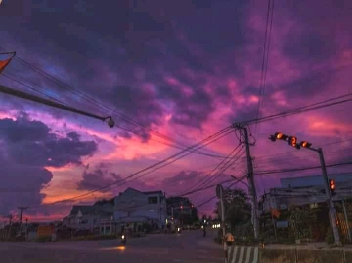 Le Gia Bao. The sunset scene