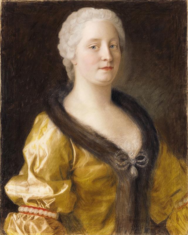Мария Терезия в платье с меховой оторочкой