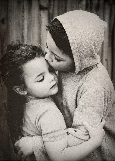 СаШа https://www.proza.ru/avtor/schneerson Шнеерсон. Мальчики и девочки будьте добрыми