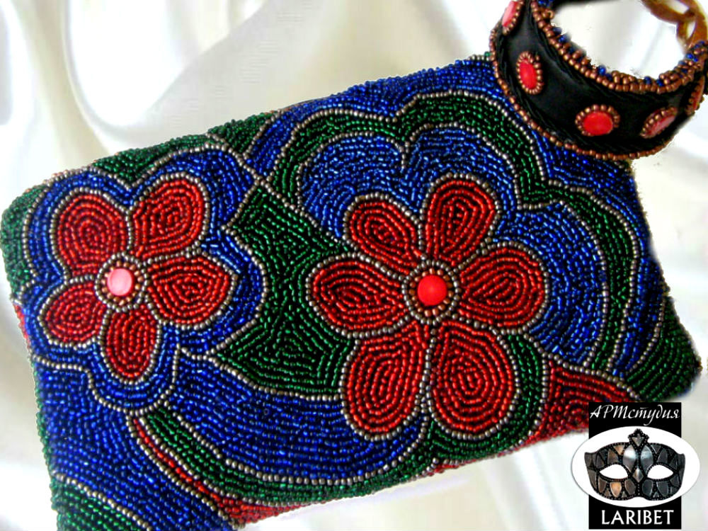 """Tatyana Turanova. Beaded clutch with corals """"Summer Theater"""""""