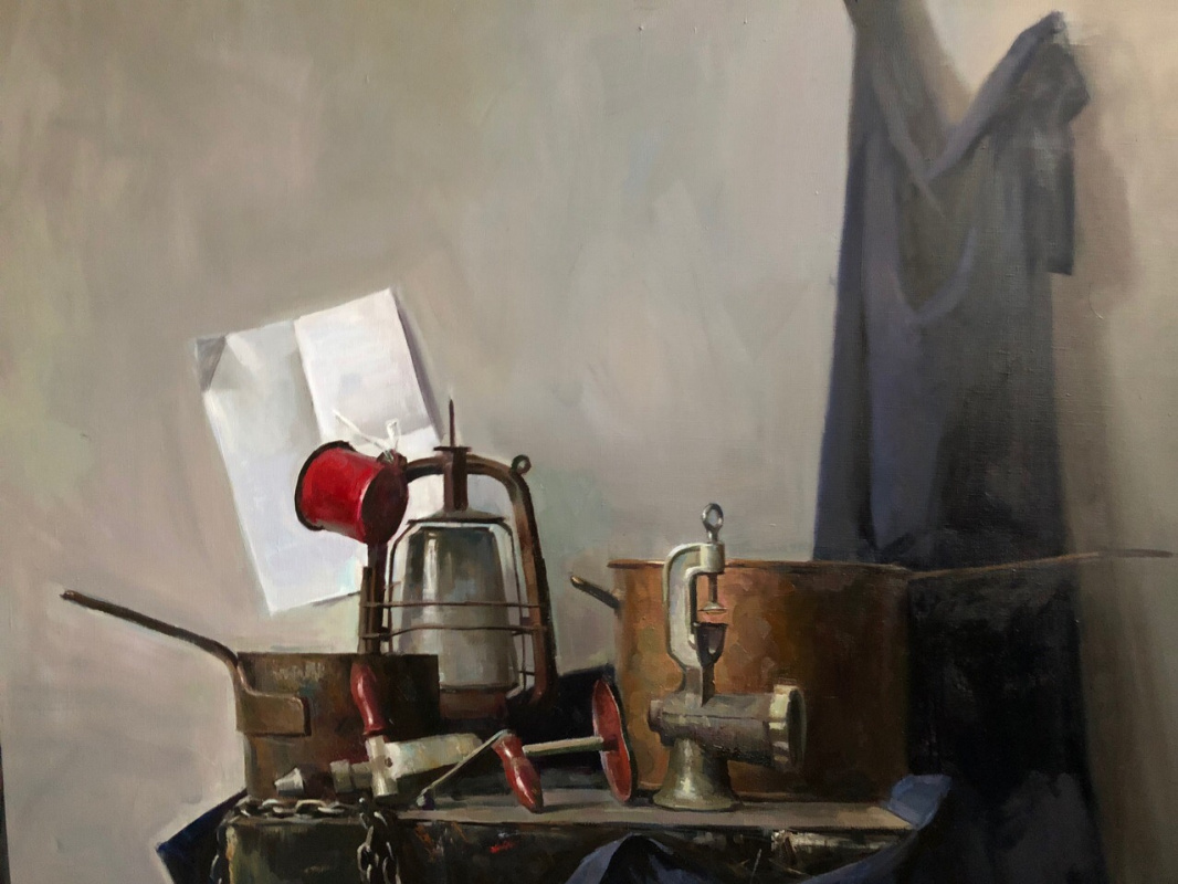 Natalia Sergeevna Suprun. Still life with copper objects and a lamp