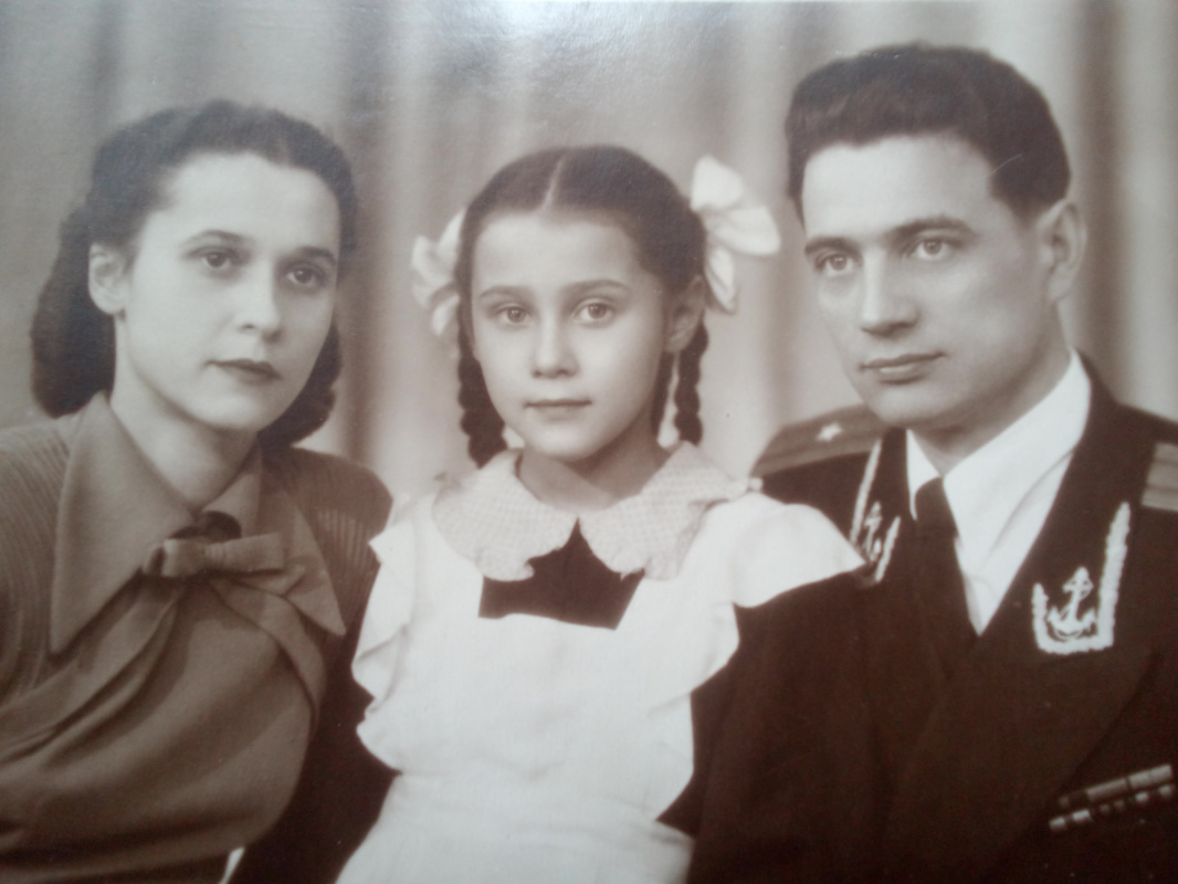 """Alexey Grishankov (Alegri). """"From Russian family albums. Alexander Dmitrievich with his family. Participant of the Second World War."""