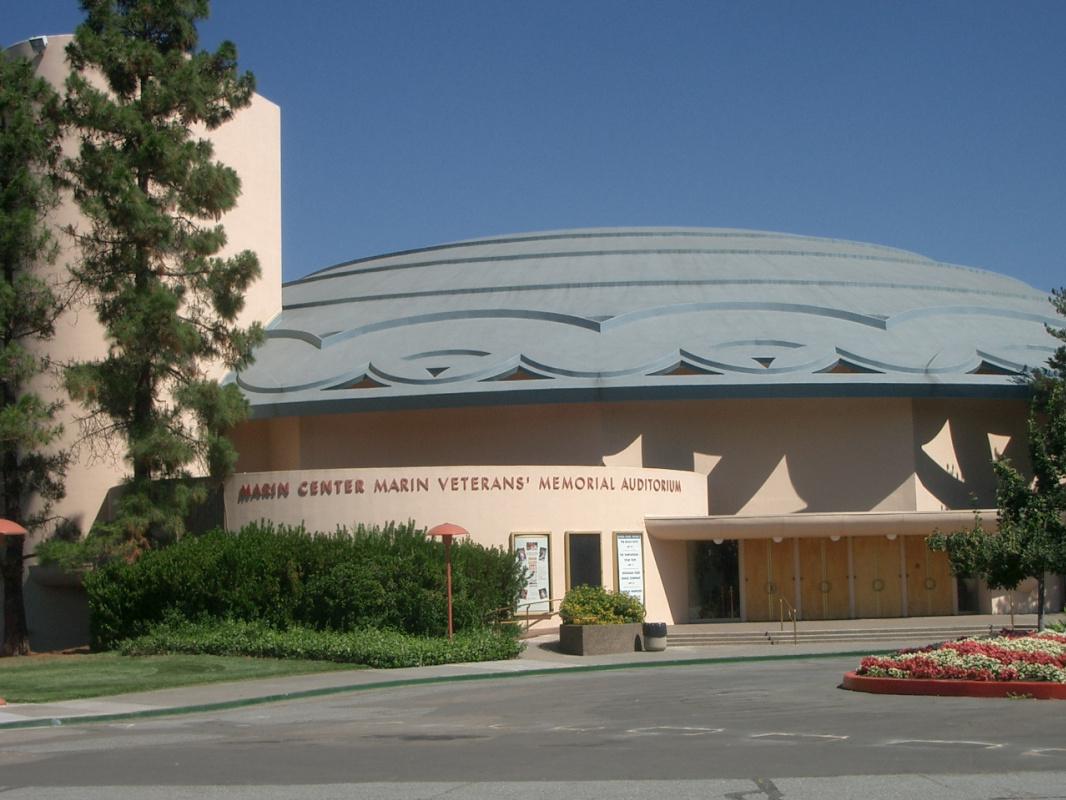 Frank Lloyd Wright. California County Administrative Center