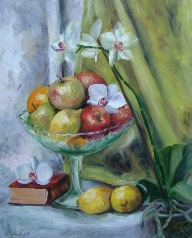 Фрукты и орхидея