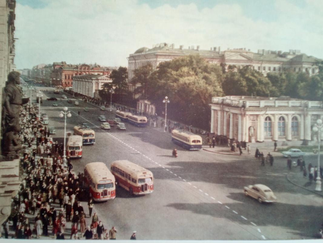 "Алексей Гришанков (Alegri). ""View of Nevsky Prospect"", St. Petersburg 60 years ago. Reproductions from the photo album."