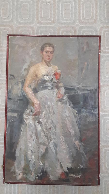 Лидия Леонтьевна Егорова. У рояля