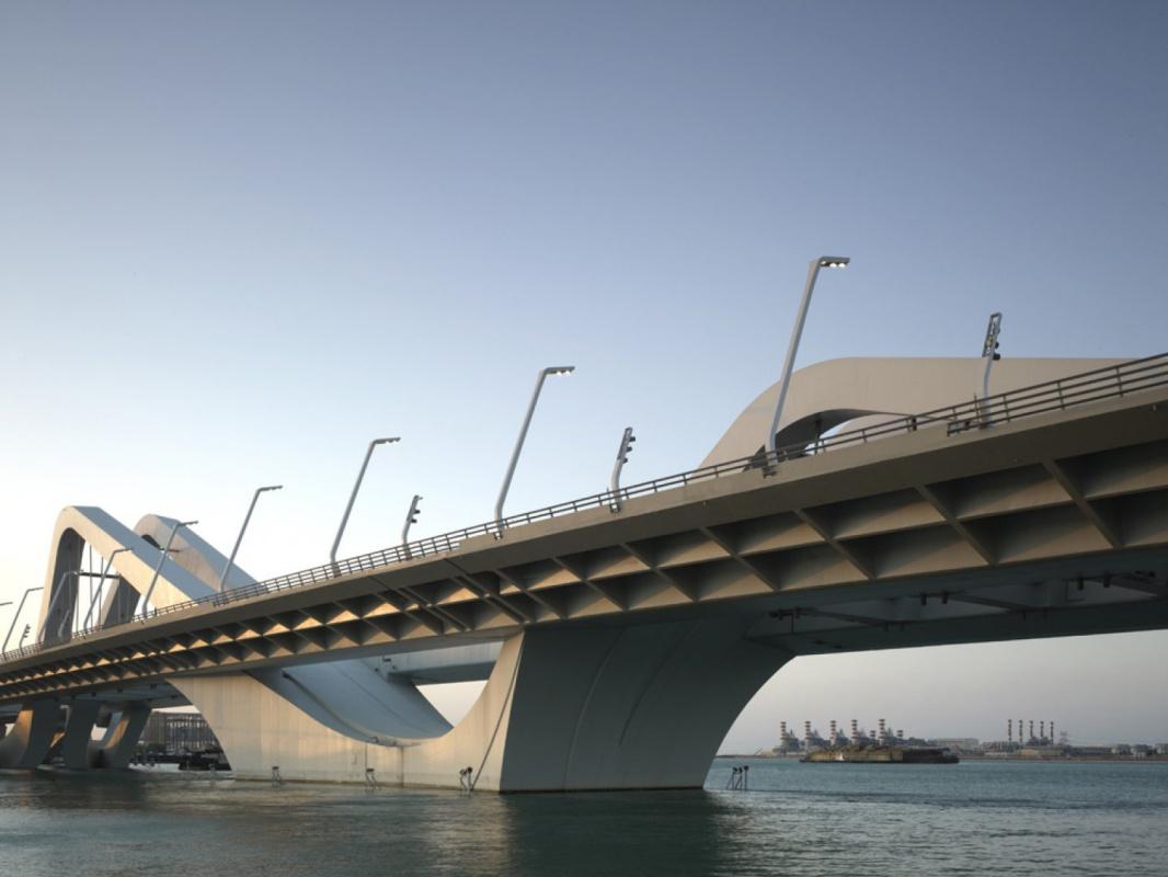 Zaha Hadid. Sheikh Zayed Bridge
