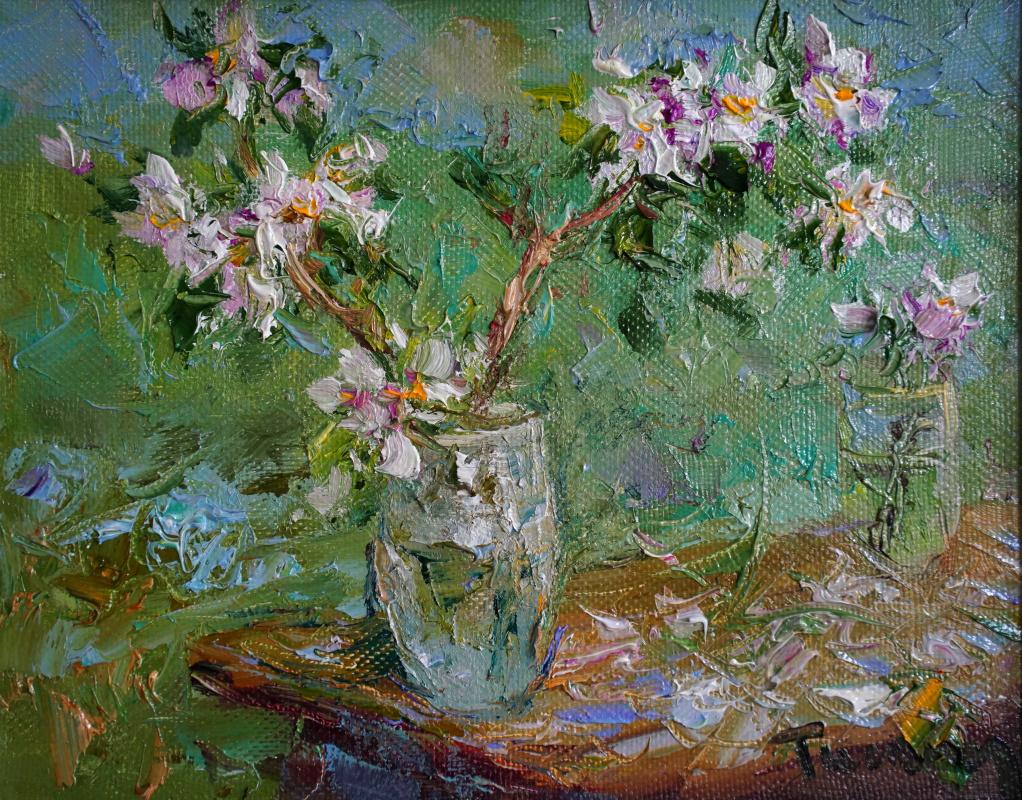 Tuman Art Gallery Tumana Zhumabayeva. Apple tree