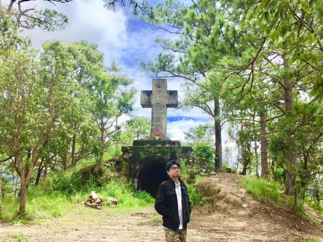 Nguyet Khac. Christian cross (2018)