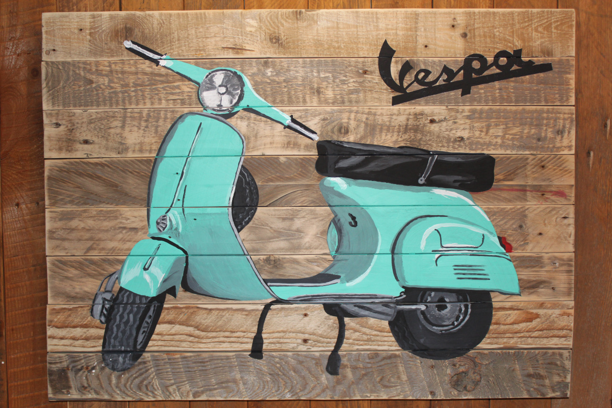 Michael Earthman. Moped VESPA
