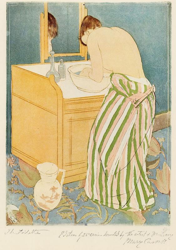 Woman washing itself
