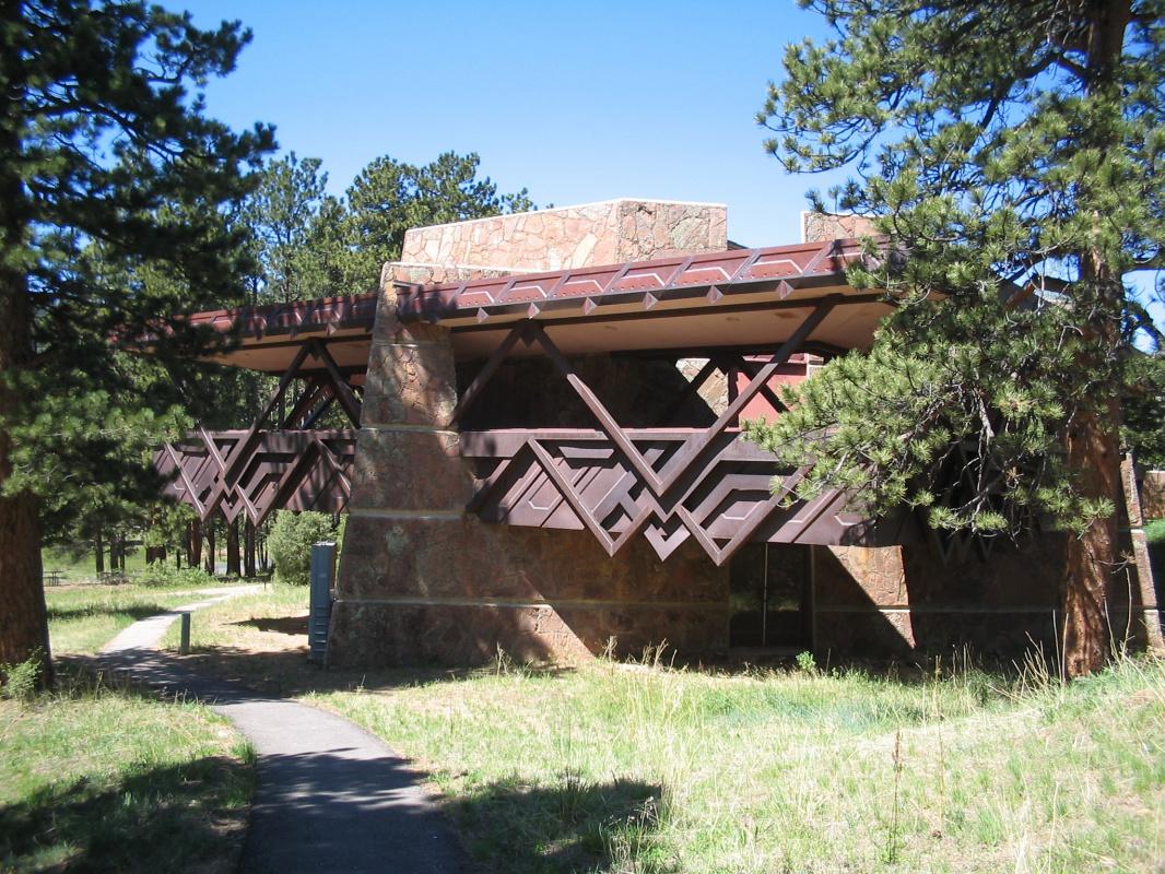 Frank Lloyd Wright. Rocky Mountain National Park Visitor Center