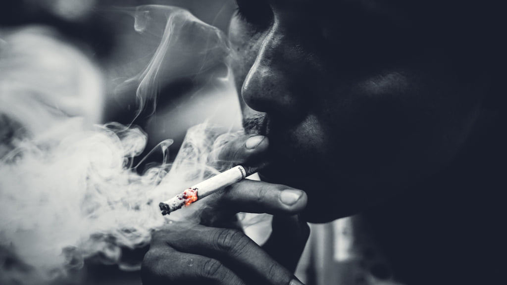 Bui Huy Hoang. The picture when I smoke