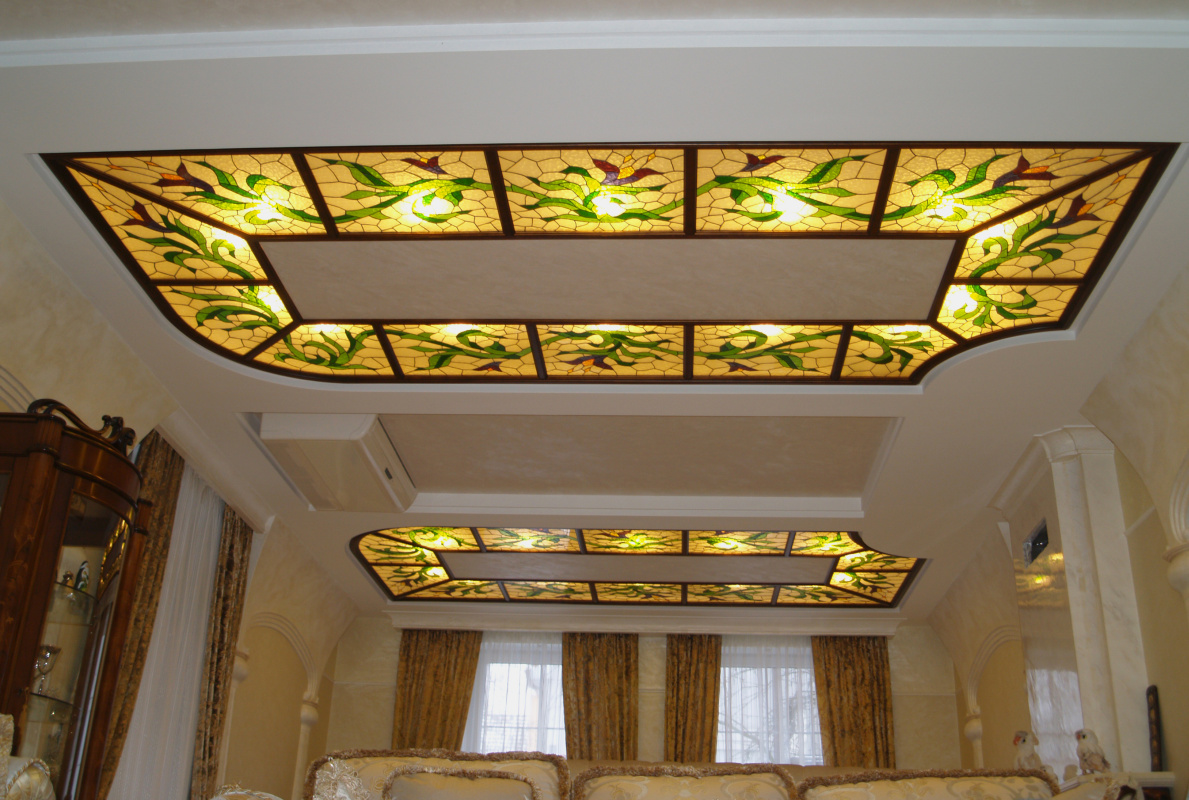 Alexander Mamnev. Stained glass tiffany, ceiling