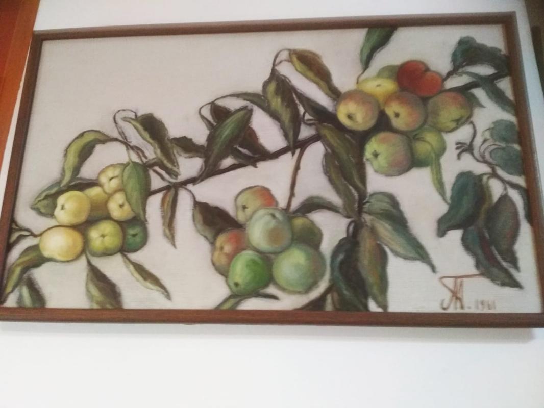 Ada Izrailevna Poberezhskaya. Branch with apples