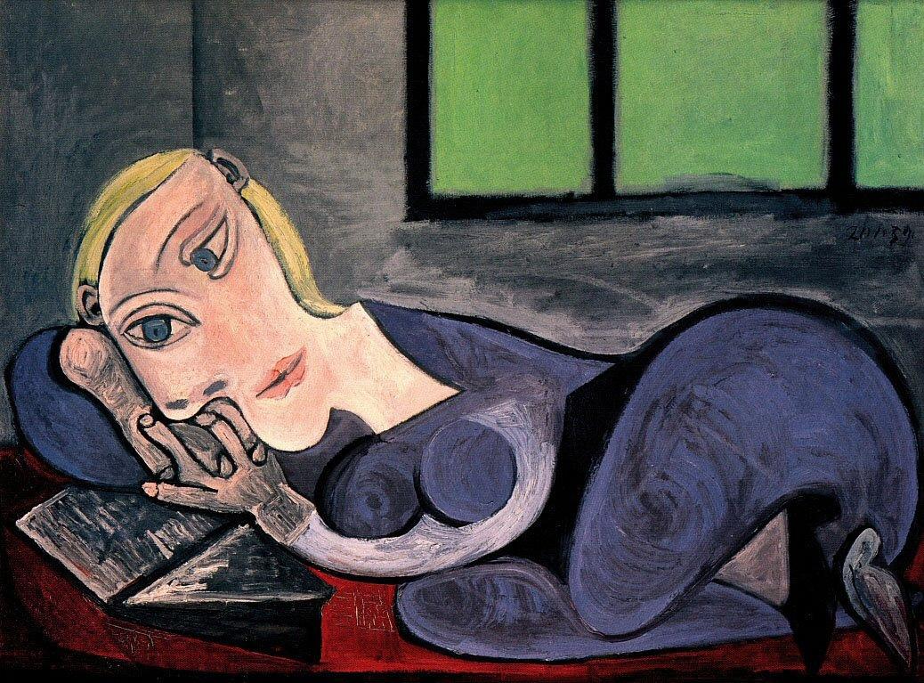 Пабло Пикассо. Лежащая девушка с книгой. Мария-Тереза Вальтер