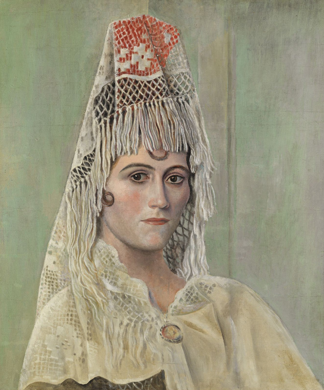 Ольга Хохлова в мантилье