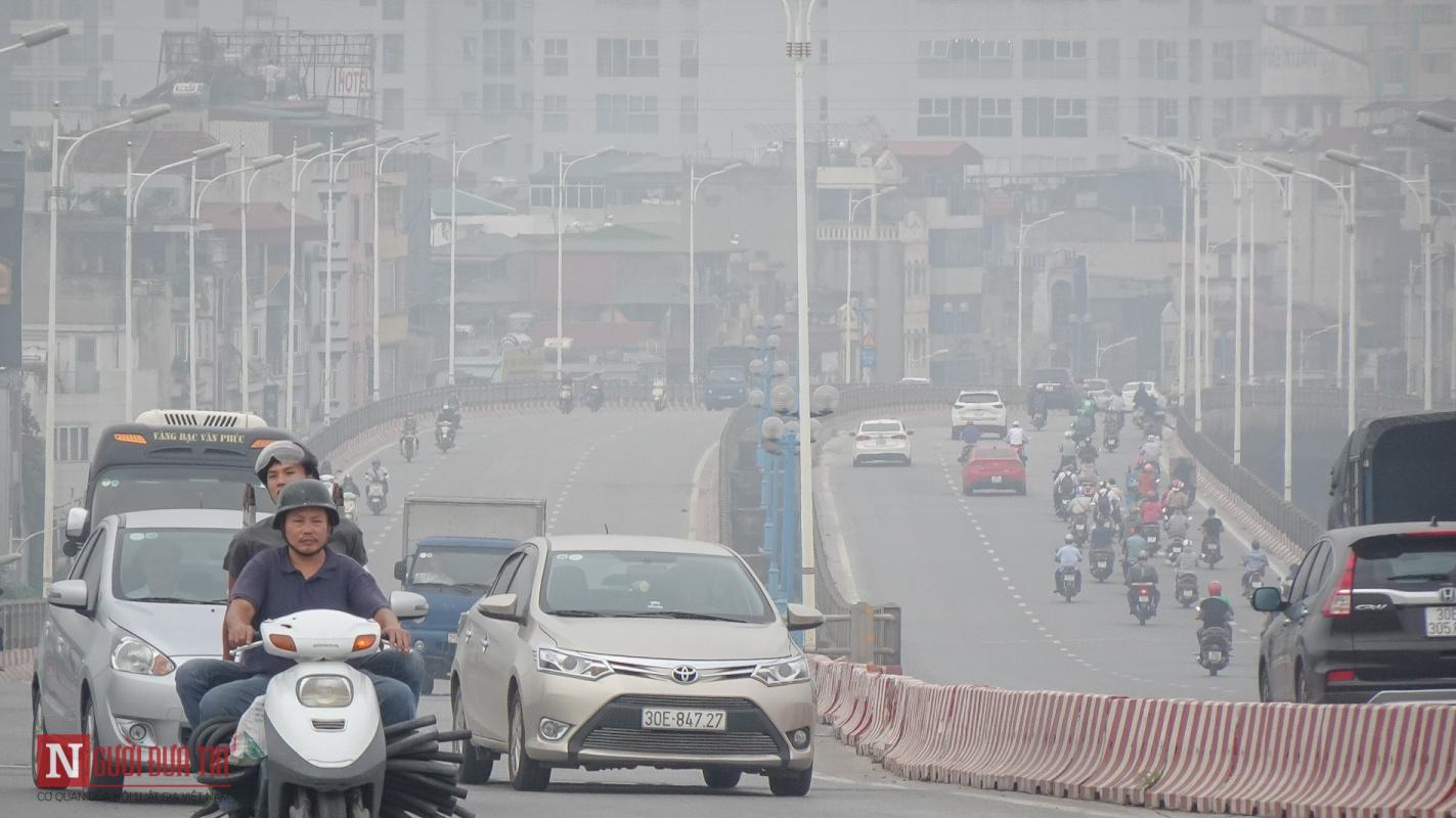 Khac Quang. Air pollution (2018)