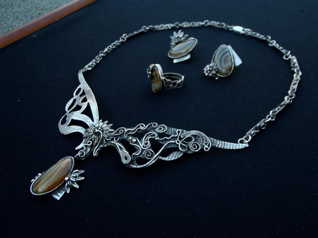 "Olga Lovina. Necklace and earrings ""Gulmira"" carnelian,silver."