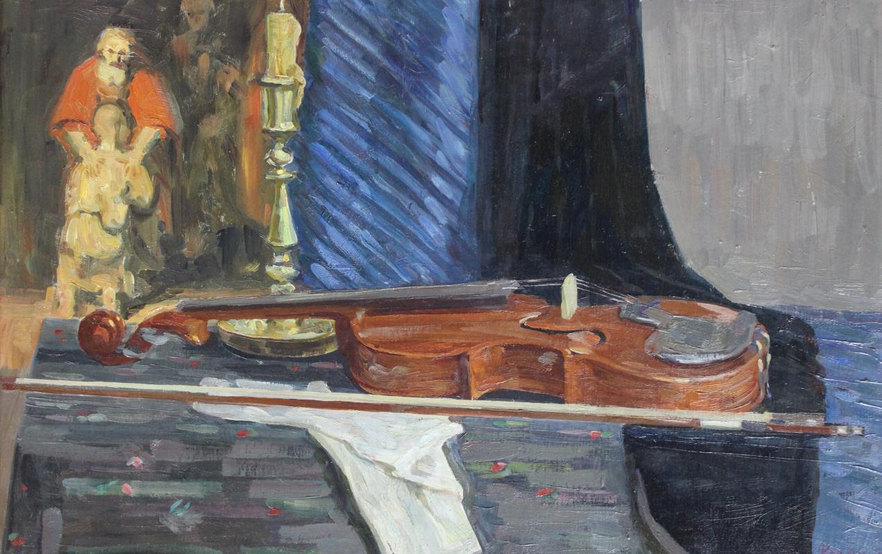 Eugene Alexandrovich Kazantsev. Still life violin.