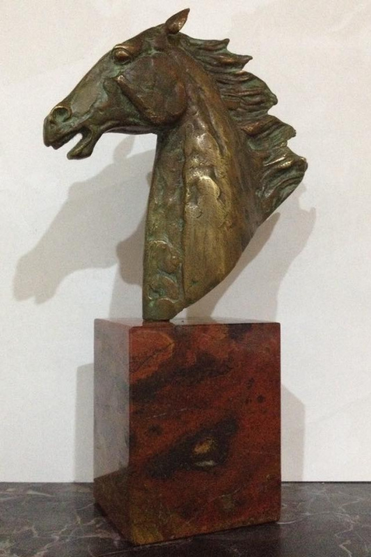 David Oganesian. Wind (bronze, jade)