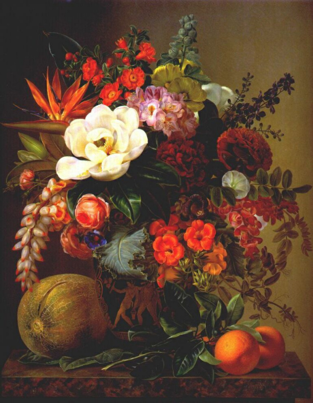 Магнолии и другие цветы в античной вазе