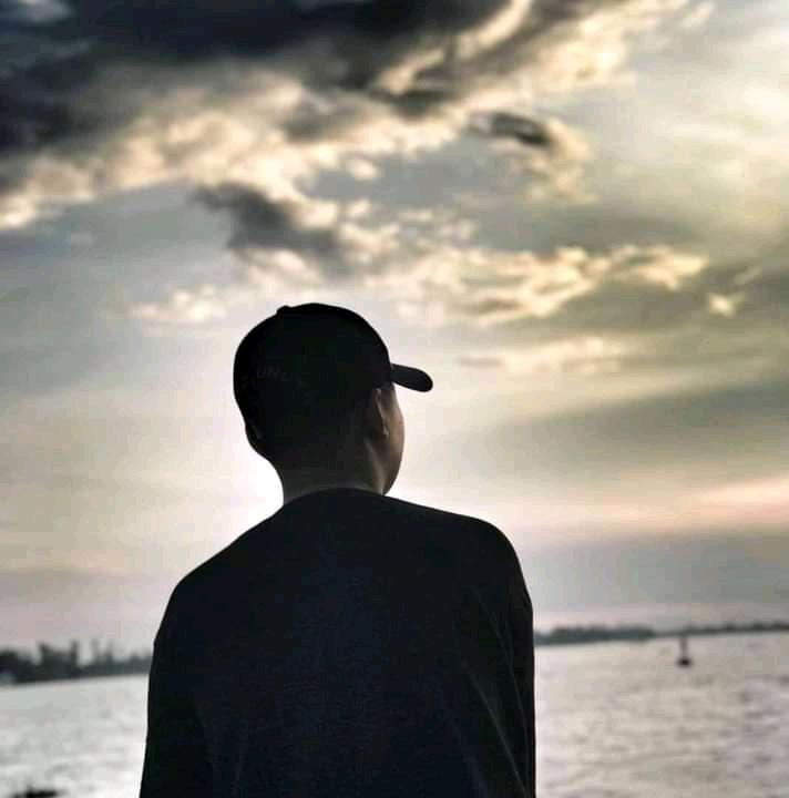 William Charlie. Afternoon dark clouds