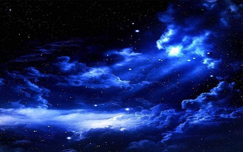Lê Hoàng Phương Tú. Artwork: Blue Sky