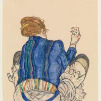 Сидящая женщина, вид сзади