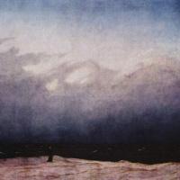 Монах на берегу моря