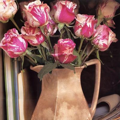 Мария Робледо. Розы в вазе