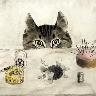 Кошка у стола