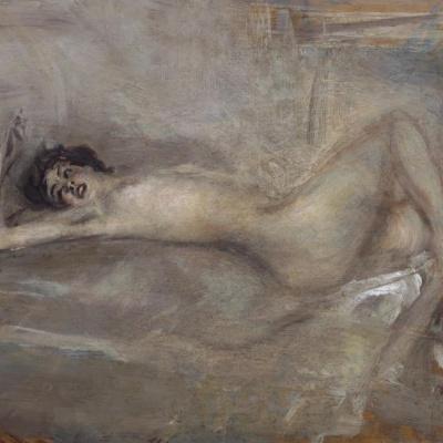 Symphony on gray (Reclining nude on gray)