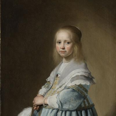 Портрет девочки в голубом платье