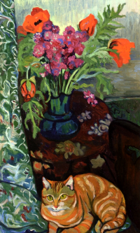 Cat lying in front of a bouquet of flowers